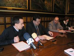 Signatura del conveni entre l'Ajuntament de VNG i ADIGSA