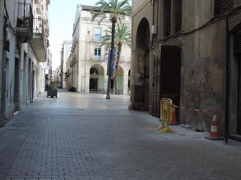 Les pilones quedaran instal·lades al carrer dels Escolapis