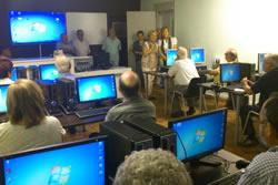 Nova aula d'informàtica a Compex