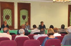 L'acte va tenir lloc a la sala d'actes de la Gran Penya