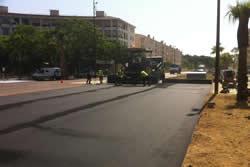 La rambla del Far pren forma amb l'asfaltat