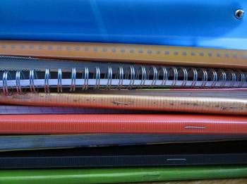 Els ajuts són per a llibres, material escolar, material informàtic, entre d'altres