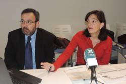 La regidora de Societat de la Informació, Ariadna Llorens i el director de Neàpolis, Joan Carles Lluch