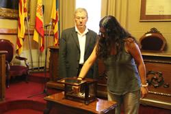 El sorteig s'ha realitzat en presència del Secretari de l'Ajuntament de VNG