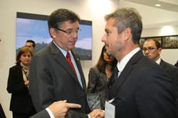 El conseller de Política Territorial, Lluís Recoder i el regidor d'Urbanisme, Joan Giribet, al BMP