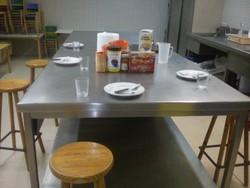 La cuina del centre cívic La Geltrú és l'espai ideal per a aquest servei