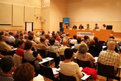 L'obertura de l'Aula va comptar amb nombrós públic