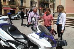 L'alcaldessa Neus Lloveras i la regidora de Medi Ambient, Blanca Albà, van visitar la Fira dissabte al matí