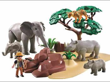 L'AECC ha organitzat també una exposició de Playmobil per recollir diners