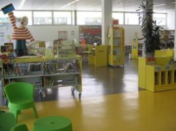 Sala infantil de la biblioteca Cardona Torrandell