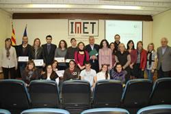 Empreses, participants i representants de les institucions que fan possible els programes TIMOL i MATÏ