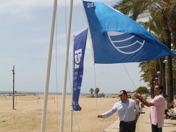Hissada de les banderes blaves i distintius de qualitat