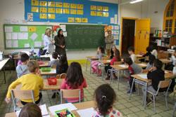 La classe de Primer A de l'escola Pompeu Fabra demana que totes les escoles participin del projecte 'claki'