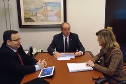 Neus Lloveras va assistir a la reunió acompanyada del gerent de Neàpolis, Joan Carles Lluch