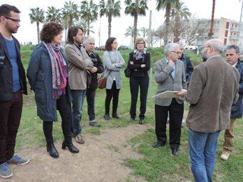 Josep Ramon Mut i Teresa Llorens, aquest dimecres a la parcel·la municipal de Darró