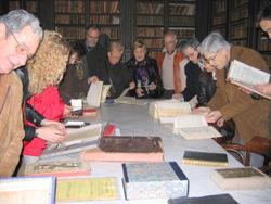 Els visitants podran veure els fons de la biblioteca