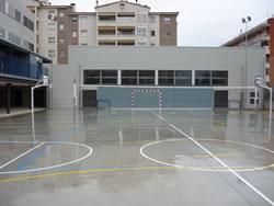Imatge del pati del nou edifici del CEIP Volerany