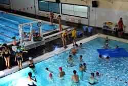 la zona aquàtica de l'Esportiu La Piscina es manté oberta fins al 31 de juliol.