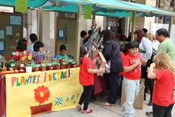 Els alumnes han venut els productes que han creat amb el projecte Cultura Emprenedora a l'Escola
