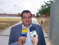 Joan Ignasi Elena i Míriam Espinàs han visitat diverses escoles de la ciutat