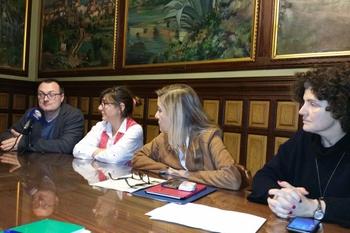 Juan Luís Ruiz, Glòria Garcia, Neus Lloveras i Teresa Llorens