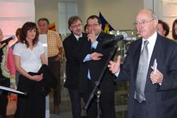 L'alcalde de Mèrignac dirigint unes paraules als assistents
