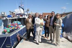 El conseller de territori i Sostenibilitat, Santi Vila, a port pesquer