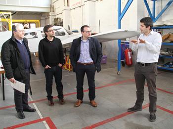 Martorell, Palacios, Ruíz i Molinuevo a l'hangar de l'EFAV