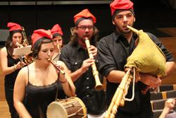 El sac de gemecs, el flabiol i el tamborí tornen amb el Firasac 2014