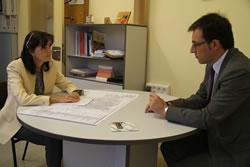 Durant la reunió entre la regidora d'Ocupació i el director general d'Economia Social, es van abordar temes relatius a l'IMET