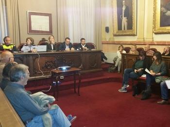 El Consell Municipal es va fer al saló de Plens de l'Ajuntament