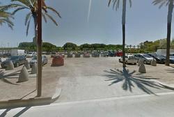 Els cotxes podran tornar a aparcar en aquesta zona propietat de Ports de la Generalitat per uns dies