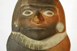Figura femenina precolombina, costa nord del Perú