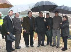 El conseller Joaquim Nadal amb els alcaldes de l'Eix Diagonal i la delegada del Govern