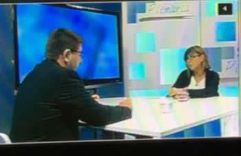 Glòria Garcia, amb el periodista Pere Lobato