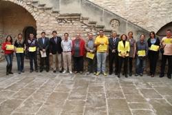 Fotografia de grup dels guardonats i l'organitzacíó