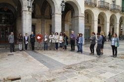 Minut de silenci a la plaça de la Vila