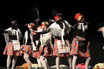 Els diferents grups de Coros van passar per l'escenari del Teatre Principal