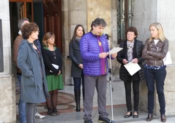 Ramon Martínez i Marina Prat han llegit el manifest