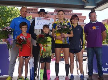 Els guanyadors amb la Regidora d'Esports Blanca Albà